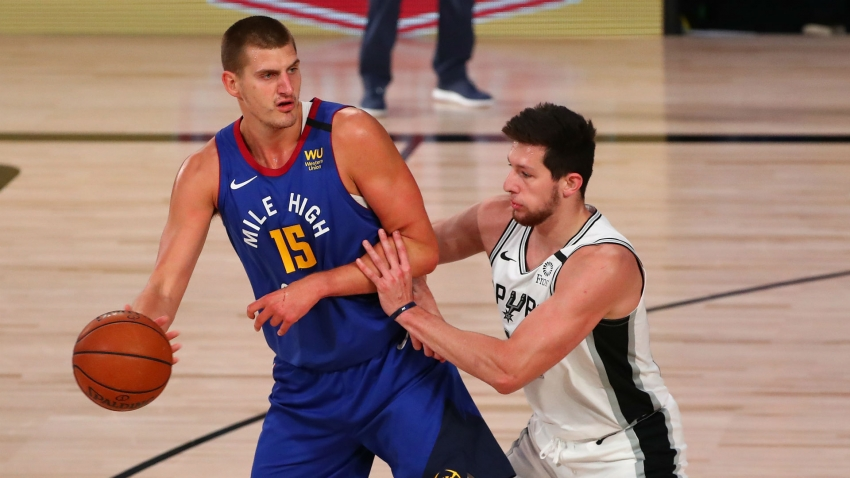 Popovich likens Jokic to a 'reincarnation of Larry Bird'