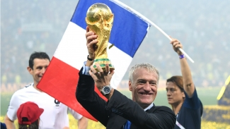 Deschamps signs new deal to lead France in World Cup defence