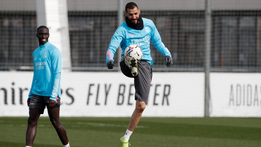 Zidane labels Benzema 'a joy for football' as talisman prepares for Madrid derby return