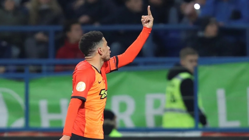 Was it just for the referee to red card Taison following racist abuse?