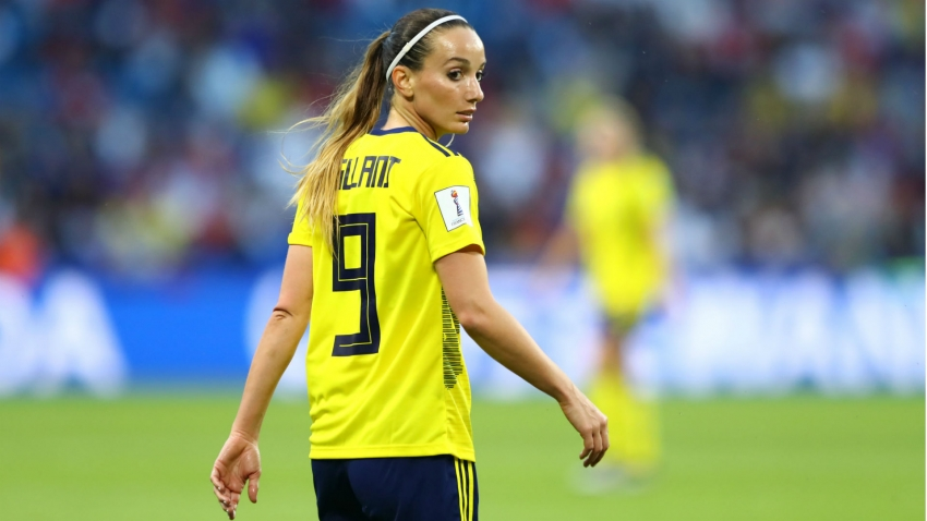 Asllani becomes first signing for Real Madrid's women's team