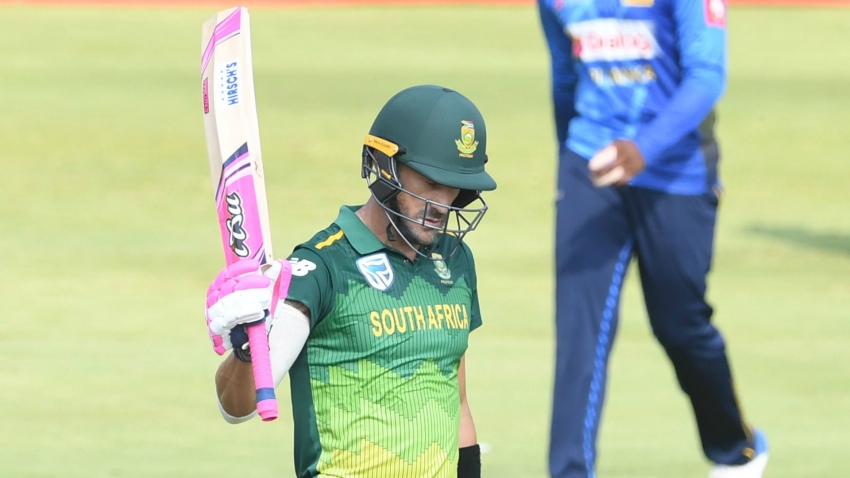 Du Plessis back in South Africa squad on day he stepped down as captain