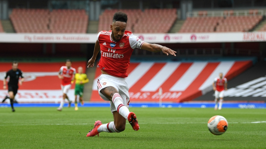 Arteta hopes Aubameyang does not follow Van Persie's Arsenal exit