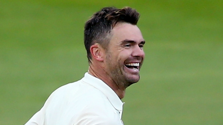 Anderson back in the wickets for Lancashire as he hopes for Ashes return