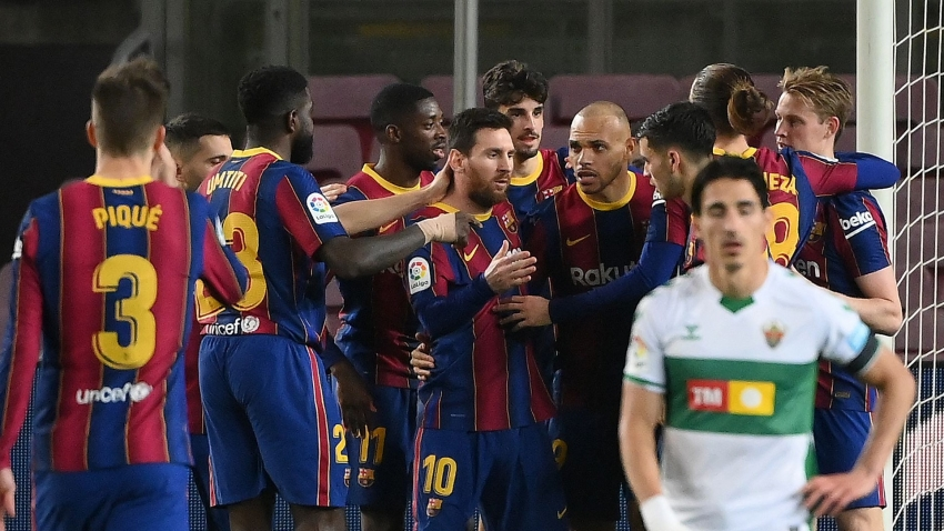 Barcelona 3-0 Elche: Messi's second-half special cuts gap to Atletico