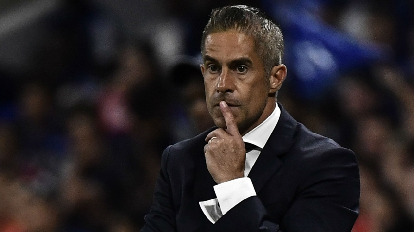 Sylvinho rues bad start by 'stressed' Lyon