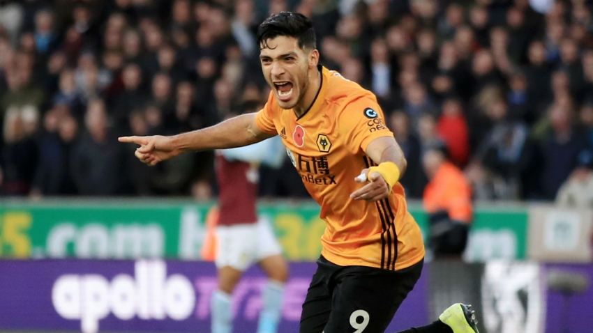 Jimenez 'very happy' at Wolves amid Man Utd links