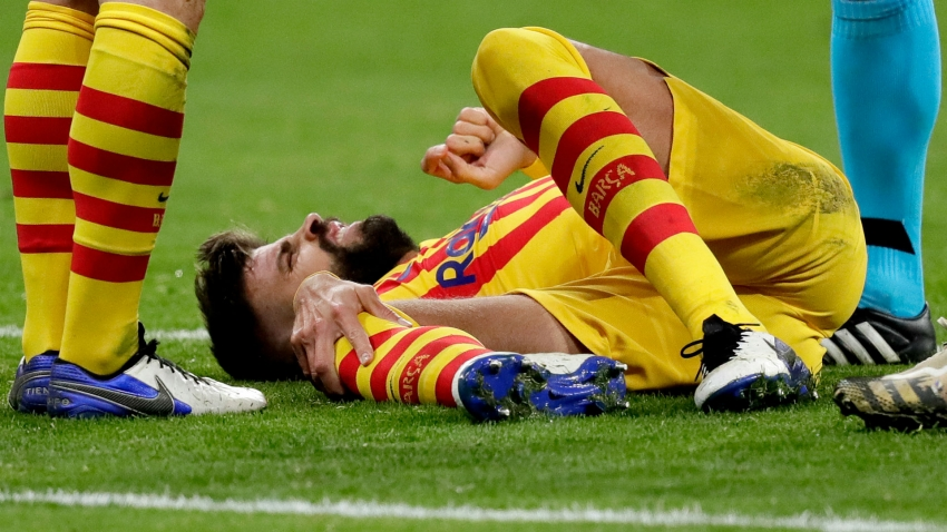 Barcelona confirm Pique knee ligament damage, Roberto out for two months