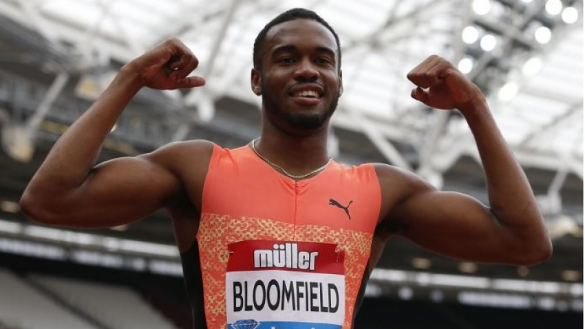 """A lot more in the tank"", says Bloomfield after personal best 19.81 200m"