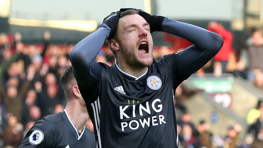 Burnley 2-1 Leicester City: Vardy penalty miss proves costly as Clarets end losing streak
