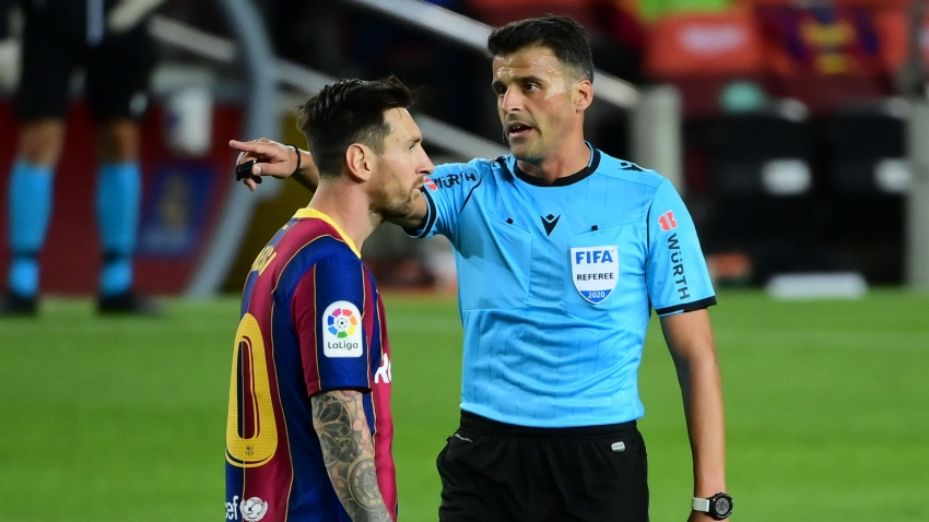 El Clasico: Referee who sent off Messi in Supercopa gets Madrid-Barca clash