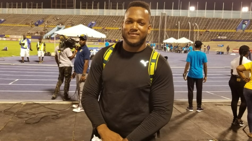Traves Smikle pips teammate Dacres to national discus title