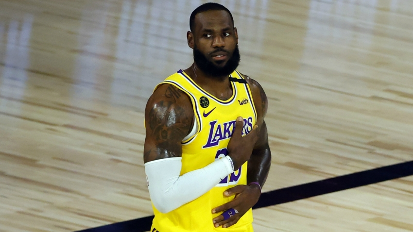 LeBron James to sit out Lakers-Rockets clash with groin problem