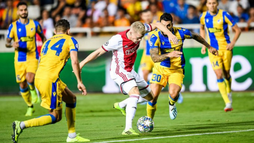 Ajax scrape goalless draw at APOEL in Champions League play-off