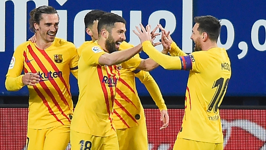 Osasuna 0-2 Barcelona: Messi the provider as Blaugrana close the gap