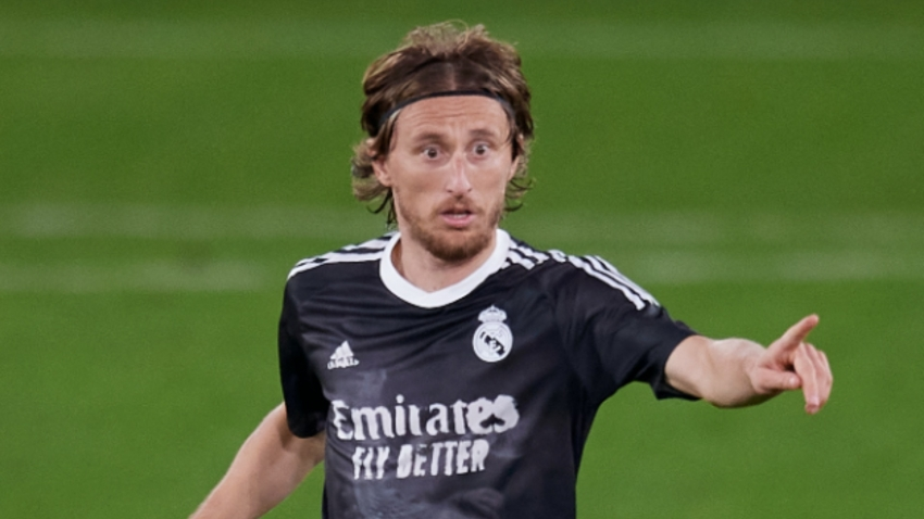 Modric eager to finish career at Real Madrid as he backs Zidane