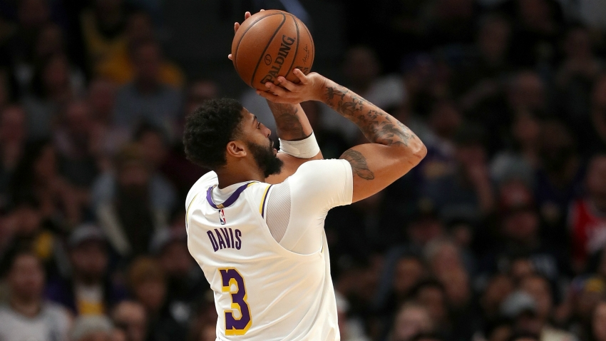 LeBron James hails ill Anthony Davis' 'monster performance' in Lakers win